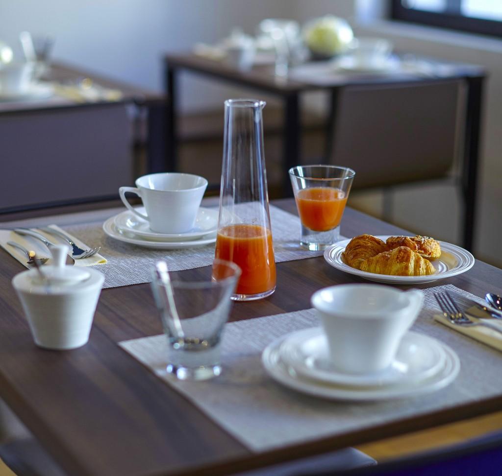 Petit_dejeuner